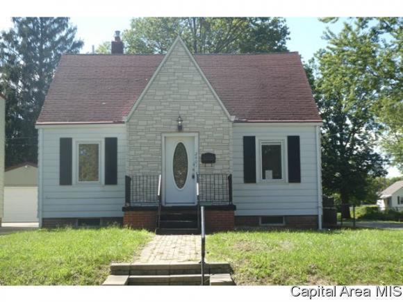 2401 S 8th Street, Springfield, IL 62703 (MLS #186290) :: Killebrew & Co Real Estate Team