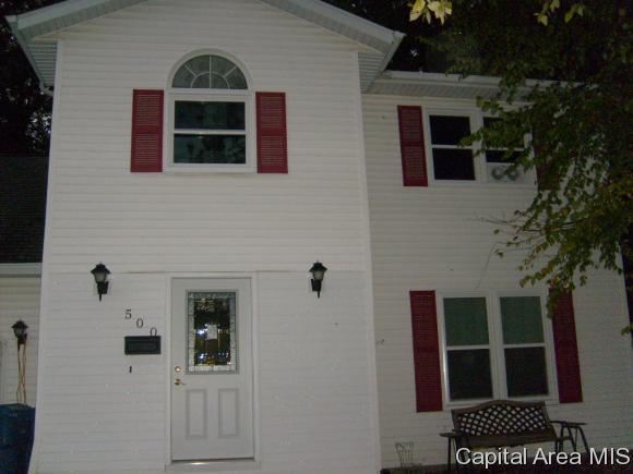 500 E Mulberry St, Chatham, IL 62629 (MLS #186292) :: Killebrew & Co Real Estate Team