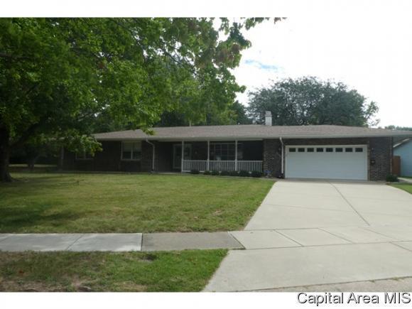 4100 Pickfair Road, Springfield, IL 62703 (MLS #186295) :: Killebrew & Co Real Estate Team