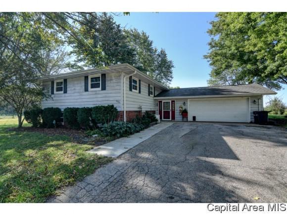 4056 Bissell Rd, Springfield, IL 62707 (MLS #186356) :: Killebrew & Co Real Estate Team