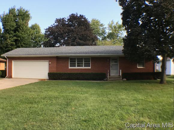 5 Walberta, Rochester, IL 62563 (MLS #186525) :: Killebrew & Co Real Estate Team