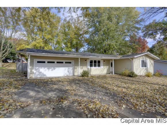 51 Birch Lake Dr, Sherman, IL 62684 (MLS #187159) :: Killebrew & Co Real Estate Team