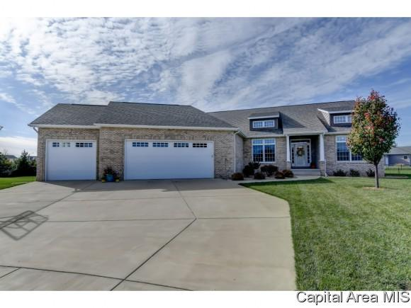 1117 Dogwood Ct., Sherman, IL 62684 (MLS #187239) :: Killebrew & Co Real Estate Team