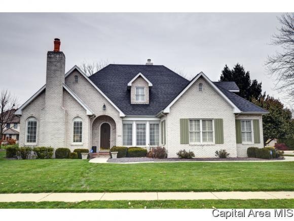 2201 W Laurel St, Springfield, IL 62704 (MLS #187284) :: Killebrew & Co Real Estate Team