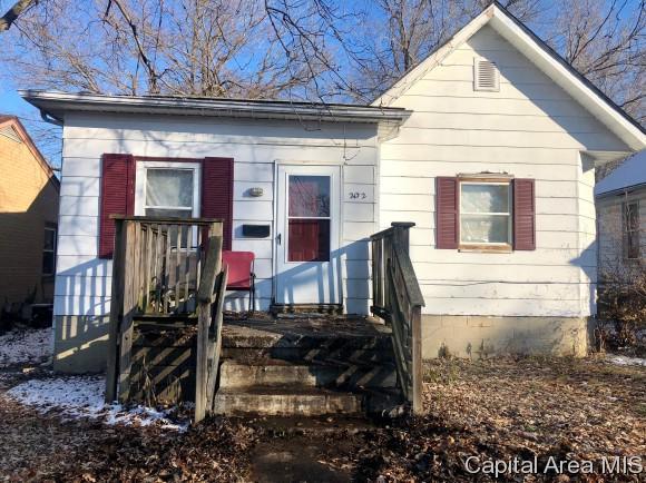 2132 S 14TH ST, Springfield, IL 62703 (MLS #187701) :: Killebrew RE