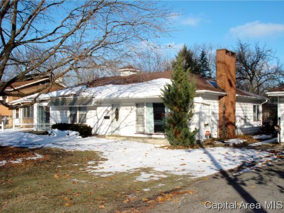 481 Yates Street, Galesburg, IL 61401 (MLS #187764) :: Killebrew RE