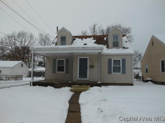 2549 S 5th Street, Springfield, IL 62703 (MLS #190276) :: Killebrew RE