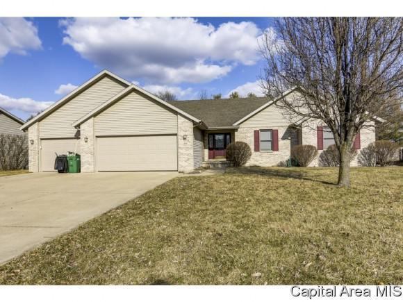 248 Prairie Grass Rd, Chatham, IL 62629 (MLS #191556) :: Killebrew - Real Estate Group