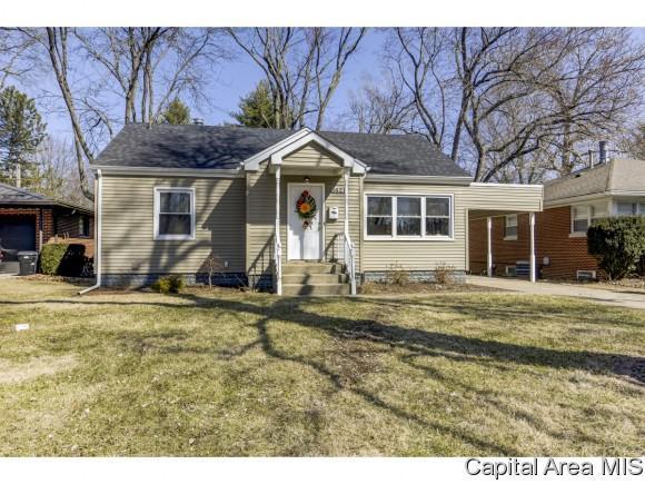 1621 W Iles, Springfield, IL 62704 (MLS #191585) :: Killebrew - Real Estate Group