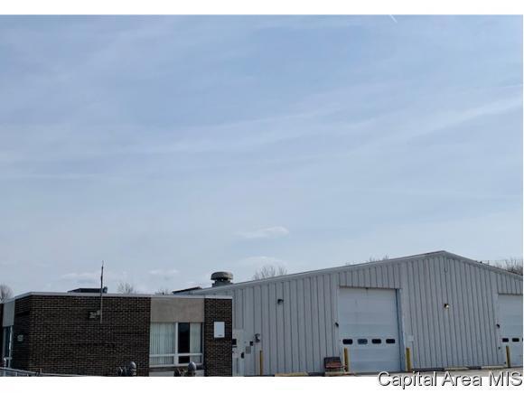 1530 Wabash Ave, Springfield, IL 62704 (MLS #191603) :: Killebrew - Real Estate Group