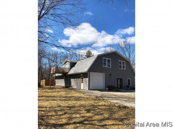 7270 Deer Run Rd, Pleasant Plains, IL 62677 (MLS #191861) :: Killebrew - Real Estate Group