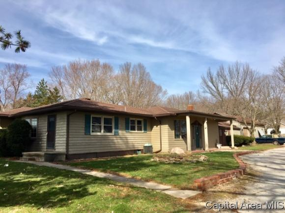 18454 Sunny Acres Rd, Petersburg, IL 62675 (MLS #191880) :: Killebrew - Real Estate Group
