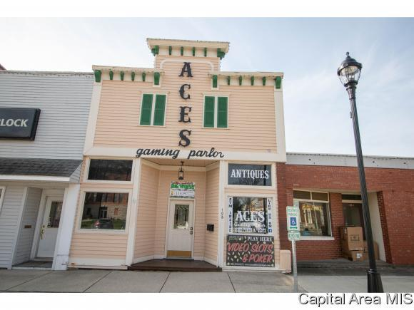 106 E Jackson St, Petersburg, IL 62675 (MLS #192066) :: Killebrew - Real Estate Group
