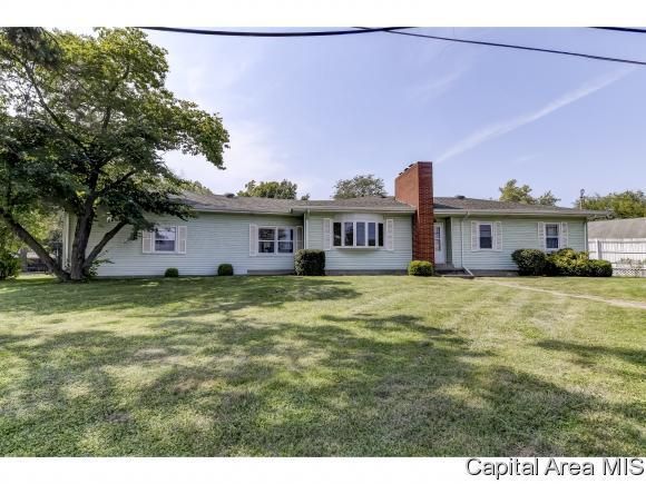 291 S Sherman Blvd., Sherman, IL 62684 (MLS #192268) :: Killebrew - Real Estate Group