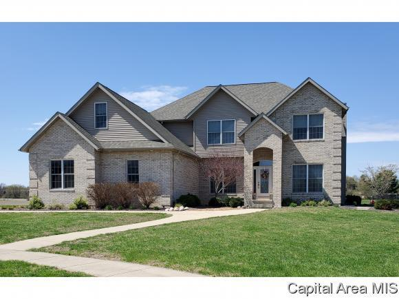 4900 Sage Road, Rochester, IL 62563 (MLS #192276) :: Killebrew - Real Estate Group