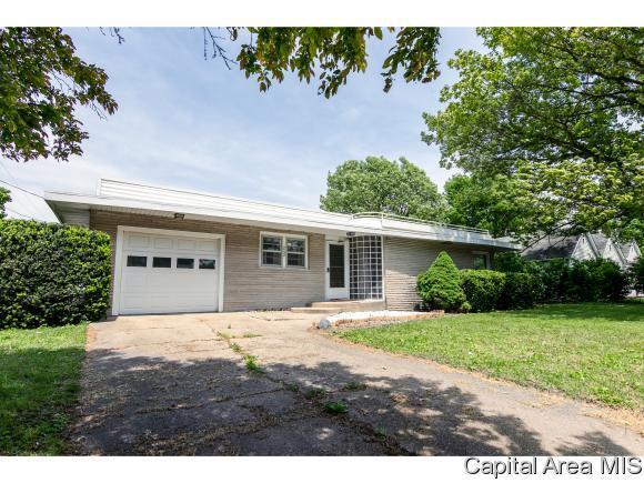 242 Matilda, Illiopolis, IL 62539 (MLS #193153) :: Killebrew - Real Estate Group