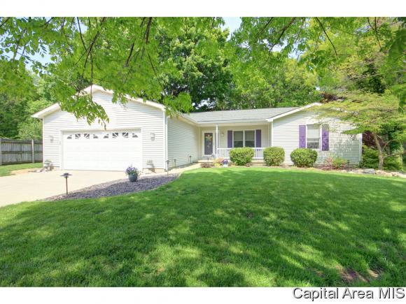 4447 Foxbury Ln, Springfield, IL 62711 (MLS #193155) :: Killebrew - Real Estate Group