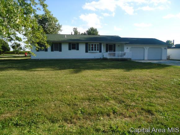 110 E Topeka Street, Ashland, IL 62612 (MLS #175651) :: Killebrew & Co Real Estate Team