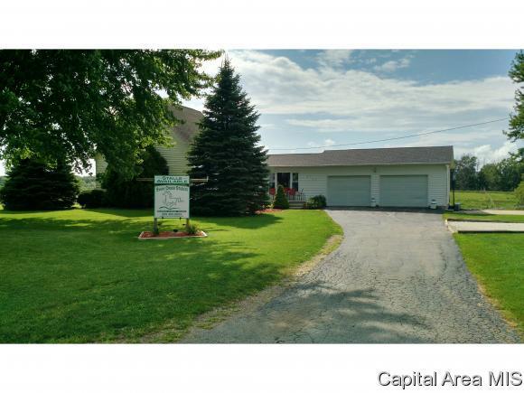 214 170TH ST, Avon, IL 61415 (MLS #175868) :: Killebrew & Co Real Estate Team