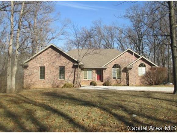 409 Timbercreek Dr, Jacksonville, IL 62650 (MLS #180235) :: Killebrew & Co Real Estate Team