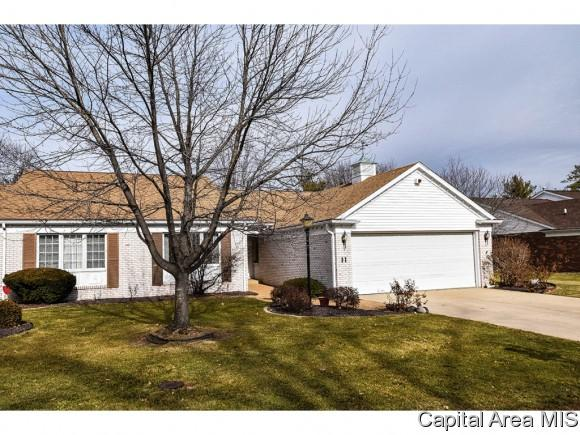 11 Turnberry Pl, Springfield, IL 62704 (MLS #180492) :: Killebrew & Co Real Estate Team