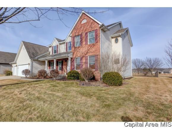 2701 Westport Dr, Springfield, IL 62711 (MLS #180539) :: Killebrew & Co Real Estate Team