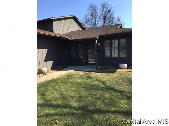 49 Brookside Place, Springfield, IL 62704 (MLS #181058) :: Killebrew & Co Real Estate Team