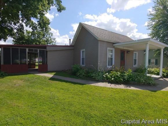 1030 E Russell, Lomax, IL 61454 (MLS #181393) :: Killebrew & Co Real Estate Team