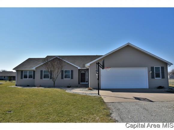 23341 Grist Mill Ln, Athens, IL 62613 (MLS #181474) :: Killebrew & Co Real Estate Team