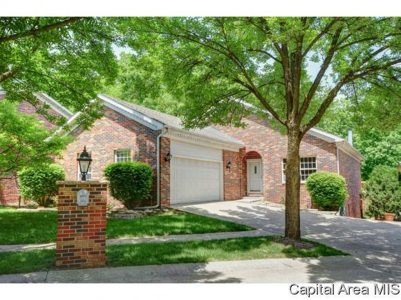 225 Timberridge Dr, Springfield, IL 62702 (MLS #181540) :: Killebrew & Co Real Estate Team