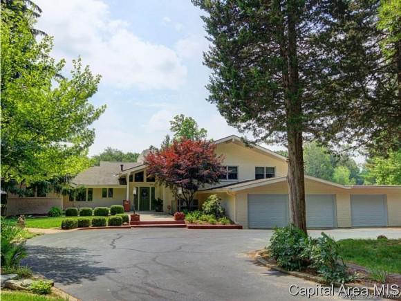 2 Beachview Ln, Springfield, IL 62712 (MLS #181652) :: Killebrew & Co Real Estate Team
