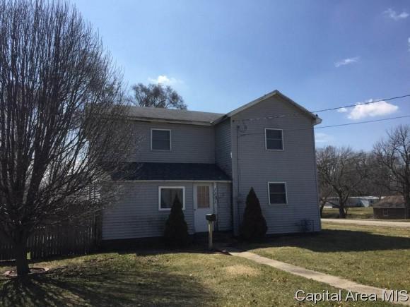 1101 E 7TH AVE, Monmouth, IL 61462 (MLS #181804) :: Killebrew & Co Real Estate Team