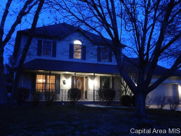 210 Breckenridge Rd., Chatham, IL 62629 (MLS #182045) :: Killebrew & Co Real Estate Team