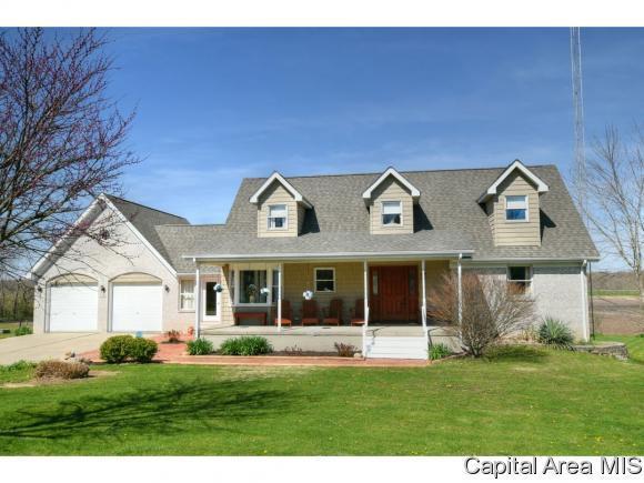 6361 Country Green, Rochester, IL 62563 (MLS #182305) :: Killebrew & Co Real Estate Team