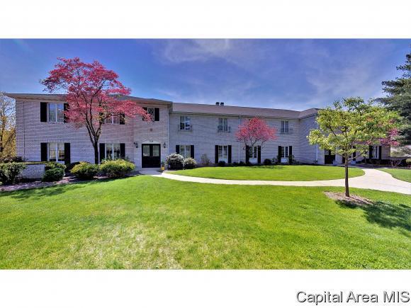 3124 Huntington Woods A, Springfield, IL 62704 (MLS #182574) :: Killebrew & Co Real Estate Team