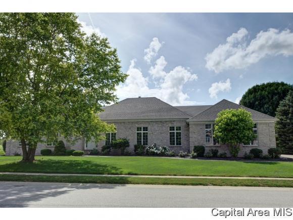 4601 Blackwolf Rd, Springfield, IL 62711 (MLS #182618) :: Killebrew & Co Real Estate Team