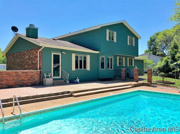2733 Delaware Dr, Springfield, IL 62702 (MLS #183362) :: Killebrew & Co Real Estate Team