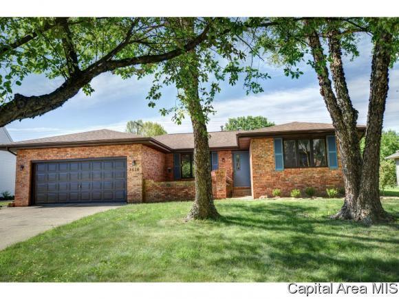 3516 Persimmon Dr, Springfield, IL 62712 (MLS #183375) :: Killebrew & Co Real Estate Team