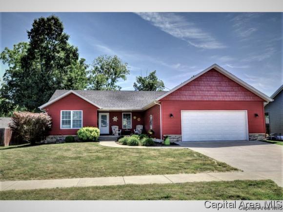 1106 Dina Dr, Riverton, IL 62561 (MLS #183535) :: Killebrew & Co Real Estate Team
