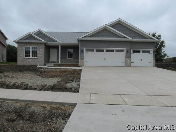 905 Grove St, Chatham, IL 62629 (MLS #183613) :: Killebrew & Co Real Estate Team