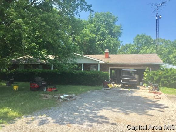 12069 State Route 4, Auburn, IL 62615 (MLS #183902) :: Killebrew & Co Real Estate Team