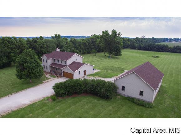 6030 Lester Rd, Williamsville, IL 62693 (MLS #184361) :: Killebrew & Co Real Estate Team