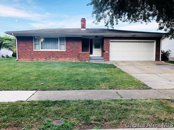 2604 Arlington Dr, Springfield, IL 62704 (MLS #184620) :: Killebrew & Co Real Estate Team
