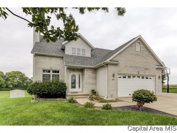 402 James Creek Ln, Jacksonville, IL 62650 (MLS #185647) :: Killebrew & Co Real Estate Team