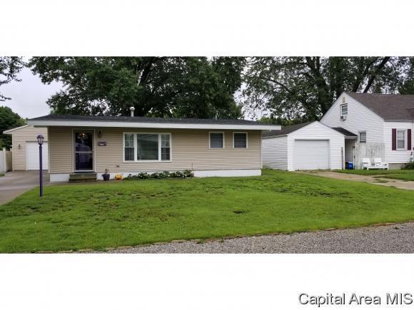 3554 E Hooker St, Springfield, IL 62703 (MLS #185956) :: Killebrew & Co Real Estate Team