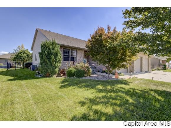 7300 Torrington Way, Springfield, IL 62711 (MLS #186159) :: Killebrew & Co Real Estate Team