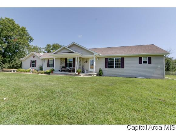 22325 Clemens Road, Athens, IL 62613 (MLS #186752) :: Killebrew & Co Real Estate Team