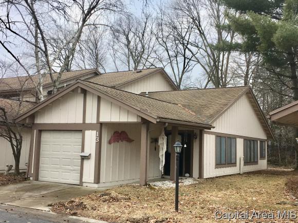13 Oakbend Ct, Springfield, IL 62704 (MLS #191571) :: Killebrew - Real Estate Group