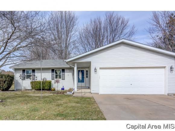 23442 Clemens Rd, Athens, IL 62613 (MLS #181108) :: Killebrew & Co Real Estate Team