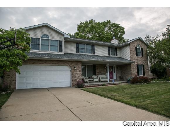 1813 Windycrest Dr, Springfield, IL 62704 (MLS #184015) :: Killebrew & Co Real Estate Team